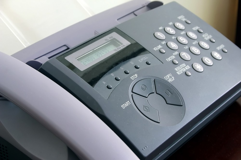 What is fax broadcasting software?