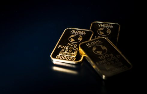 Should You Invest in Buying Gold Online?
