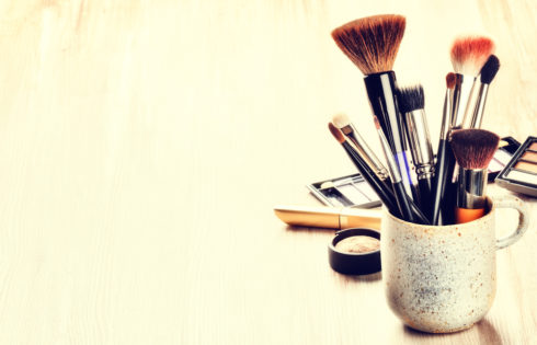 5 Best Makeup Brush Cleaners